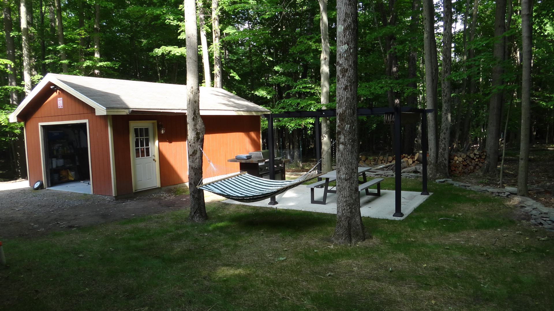 outside newly renovated poconos lake home in